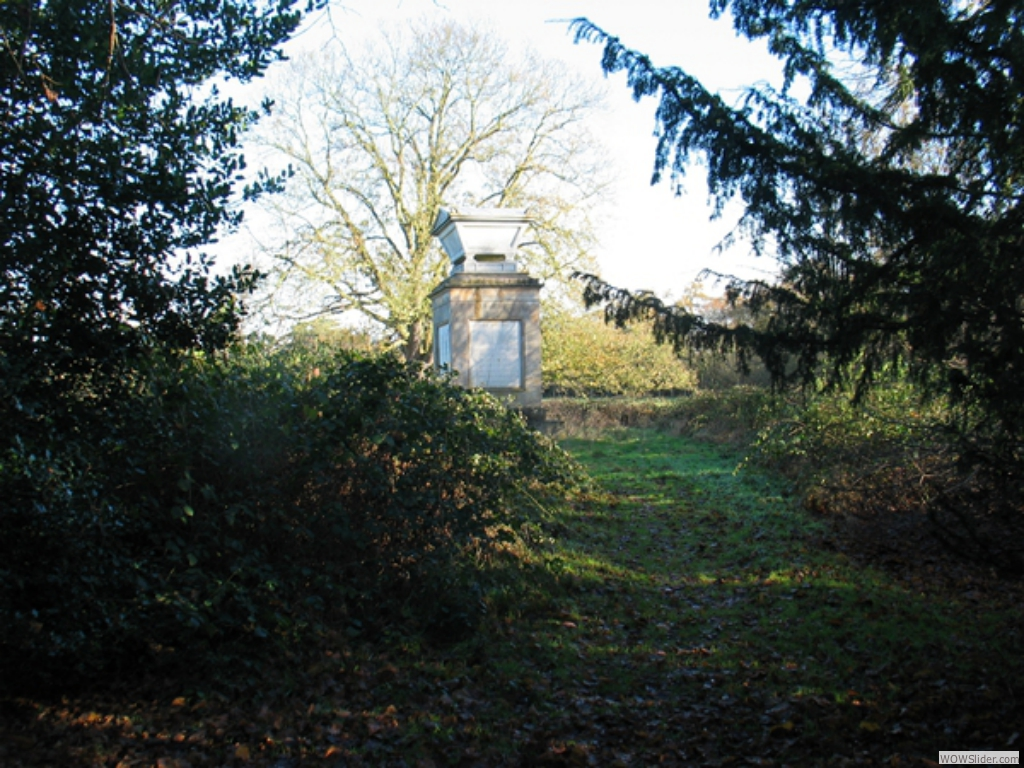 Access to the monument before clearance
